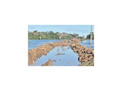 El  buen clima favorece recuperación de caminos en Ñeembucú