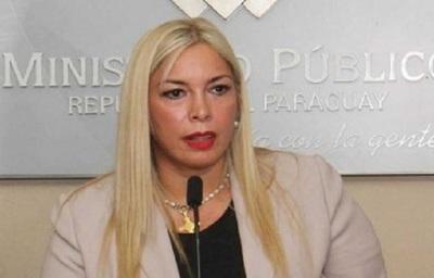 Hay grabaciones que delatan a fiscales extorsionadores, dice agente