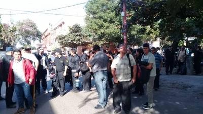 HOY / Guardias desvinculados se movilizan: piden reubicación o indemnización