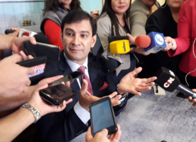 Ovelar califica de ´disparatero´ a Víctor Ríos por plantear bajar el salario de los legisladores