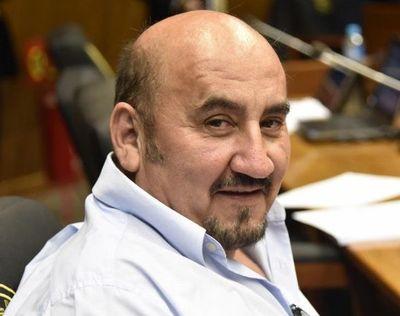 Diputado liberal invita a narcos y millonarios a ser parlamentarios de la República