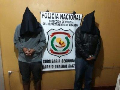 Caen dos brasileños con más de 700 kilos de marihuana