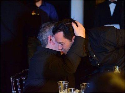 Con pedido de disculpas, padre de Friedmann restablece lazos con el senador