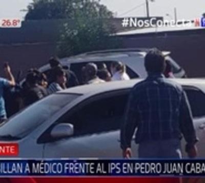 Acribillan a médico frente a IPS de Pedro Juan Caballero