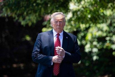 """Trump dice haber recibido una """"preciosa carta"""" de Kim Jong Un"""