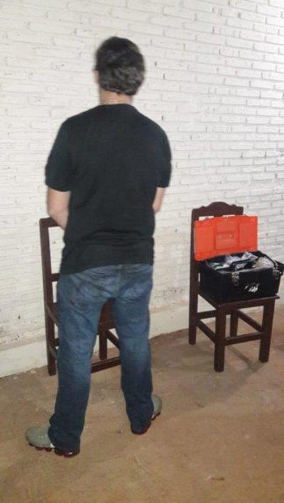 Detienen a un brasileño por resistencia y portación ilegal de armas