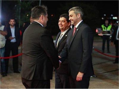 Mario Abdo viaja a Bolivia para ceremonias por la Paz del Chaco