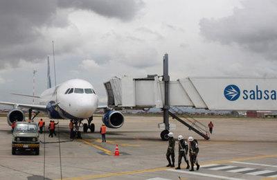 Incidente aéreo en viaje de ministro Wiens a Bolivia
