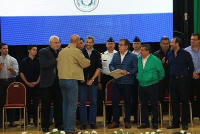 Abdo anunció construcción del Gran Hospital del Sur del IPS