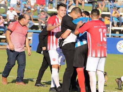 Habló el arquero que paró con el pecho el fallido Panenka en Copa Paraguay