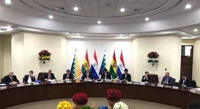 Gabinete Ministerial Binacional logra 15 acuerdos con el Estado y 6 con el sector privado