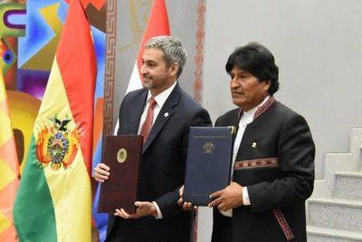 Mario Abdo y Morales celebran Paz del Chaco e integración comercial