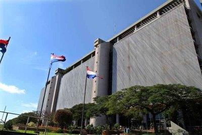 Subieron reexportaciones al 4,6%, según el BCP