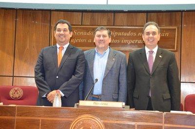 Blas Llano electo presidente de la Cámara de Senadores