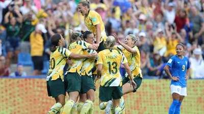 Australia remonta increíblemente ante Brasil