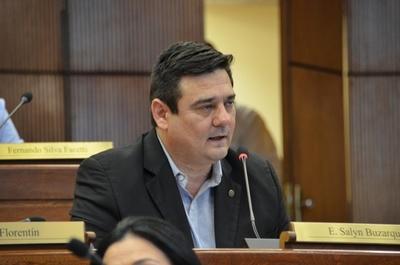 """""""Efraín Alegre tiene secuestrado al PLRA"""""""