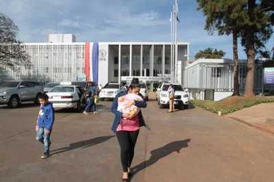 IPS inaugura policlínico y más camas para terapia intensiva en Ciudad del Este