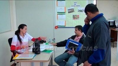 GRAN CANTIDAD DE PERSONAS ACUDE PARA ASESORAMIENTO EN MTSS ITAPÚA.
