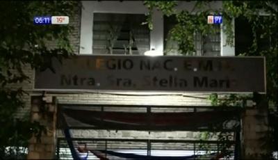 Docente denunciado por acoso no enseña en el Stella Maris, aclaran