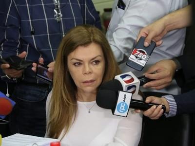 Ratifican imputación contra Sandra McLeod