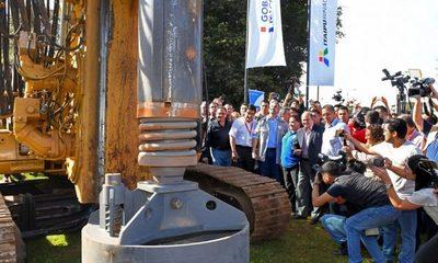 Mario Abdo Benítez inicia trabajos para la construcción del Mega Viaducto del Km 7