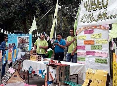 Protestaron contra la actual crisis educativa