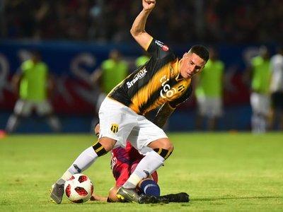 Mendoza y Centurión tienen nuevo club