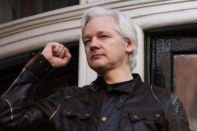 """Correa: """"Assange será extraditado y su vida será muy complicada"""""""