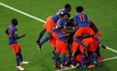 HOY / Con dos golazos, Colombia hiere el orgullo argentino