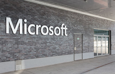 Microsoft Employees Question C.E.O. Over Company's Contract With ICE