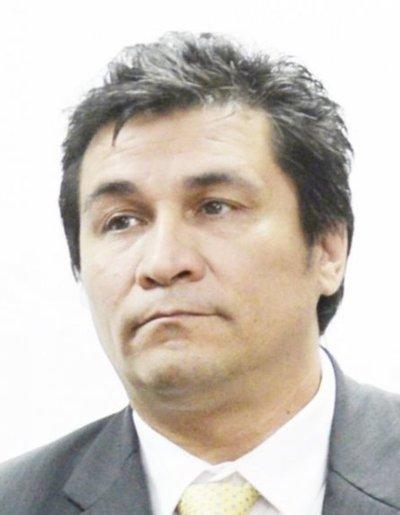 Alegre ofrece fusilamiento si él no pacta, dice Lanzoni