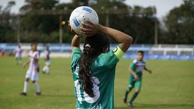 Más de 400 niñas y niños dicen ¡Sí! a la igualdad a través del fútbol