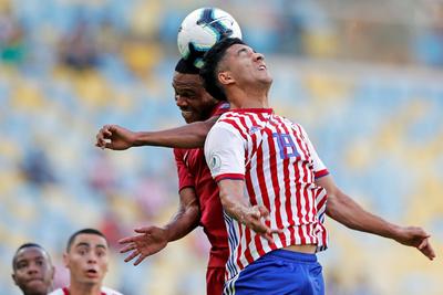 Paraguay dejó escapar la victoria en su debut ante Catar