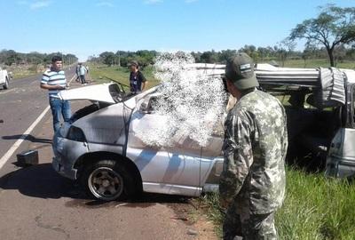 Reventón de neumático causó accidente fatal