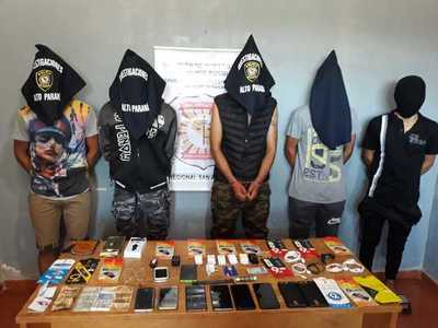 Capturan a ladrones acusados de vaciar local de venta de celulares en Itakyry