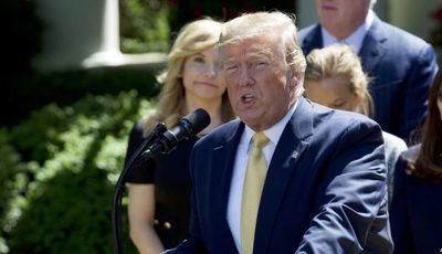 Trump amenaza con deportar a millones de inmigrantes antes de lanzar campaña de reelección en Florida