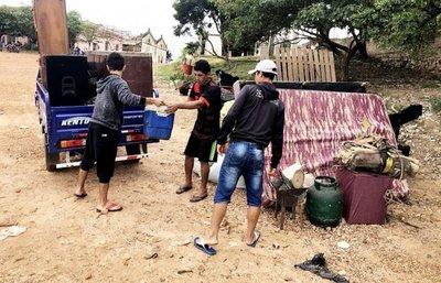 Damnificados van regresando a sus hogares