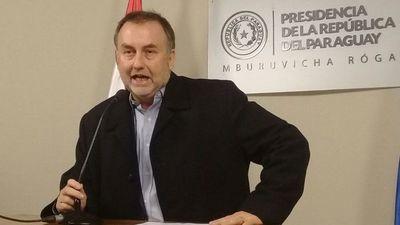 Denuncian a Benigno López por lesión de confianza durante su gestión en el IPS