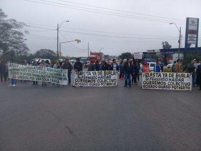 Cierran ruta en reclamo de transporte público en Villeta y Guarambaré