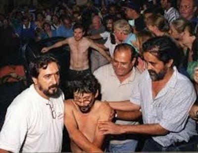 Notifican a Juan Arron y Anuncio Martí de perdida de estatus de refugiado político