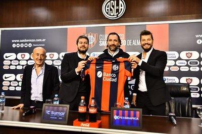 Juan Antonio Pizzi es presentado en San Lorenzo