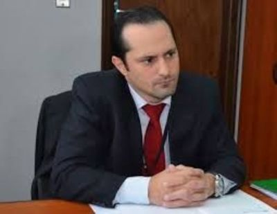 Corte confirma en el cargo a Rachid como agente fiscal