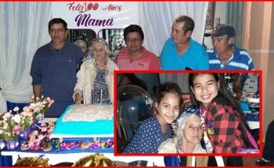 Celebraron los 100 años de Doña Basilia Román