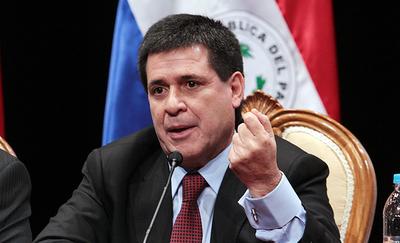 Fiscal solicita desestimar denuncia contra Cartes