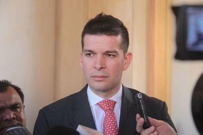 Bancada de HC decidirá al mediodía postura sobre ley de reforma tributaria