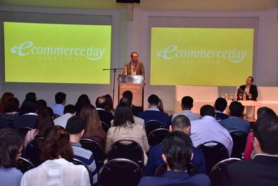 Destacan crecimiento del comercio electrónico en el país