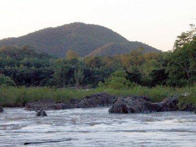 Diputados aprueban acuerdo acerca de puente sobre el río Apa