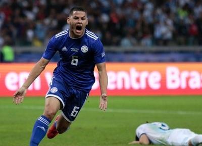 Paraguay perdona y cede empate ante Argentina