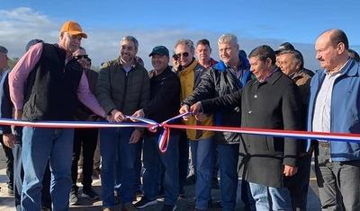 Mario Abdo Benítez inauguró mejoras en el aeródromo de Infante Rivarola