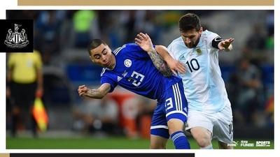 """""""Un genio del fútbol y Lionel Messi"""""""